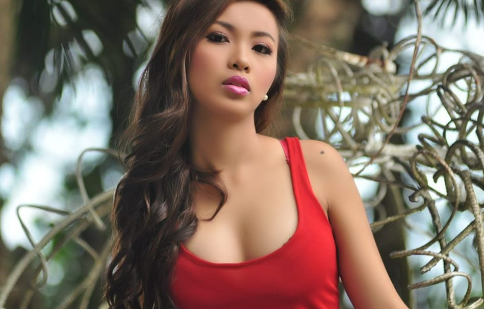 Philippines asian girl with big boobs